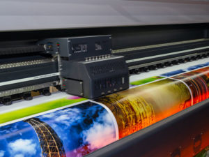 GRAND-FORMAT-Impression-roll-to-ROLL-rps-imprimerie-val-oise